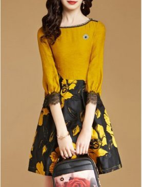 Đầm Tay Lỡ Chân Váy Họa Tiết DH033